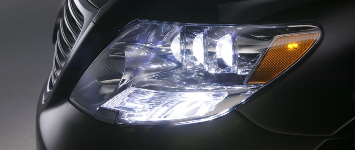 LED-оптика предоставляет больше возможностей по проектированию активных фар ближнего и дальнего света