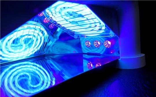 Сочетание сразу 3-х видов ламп UV-CCFL-LED